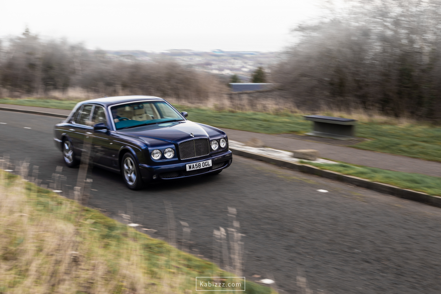 2008_bentley_arnage_blue_automotive_photography_kabizzz.jpg