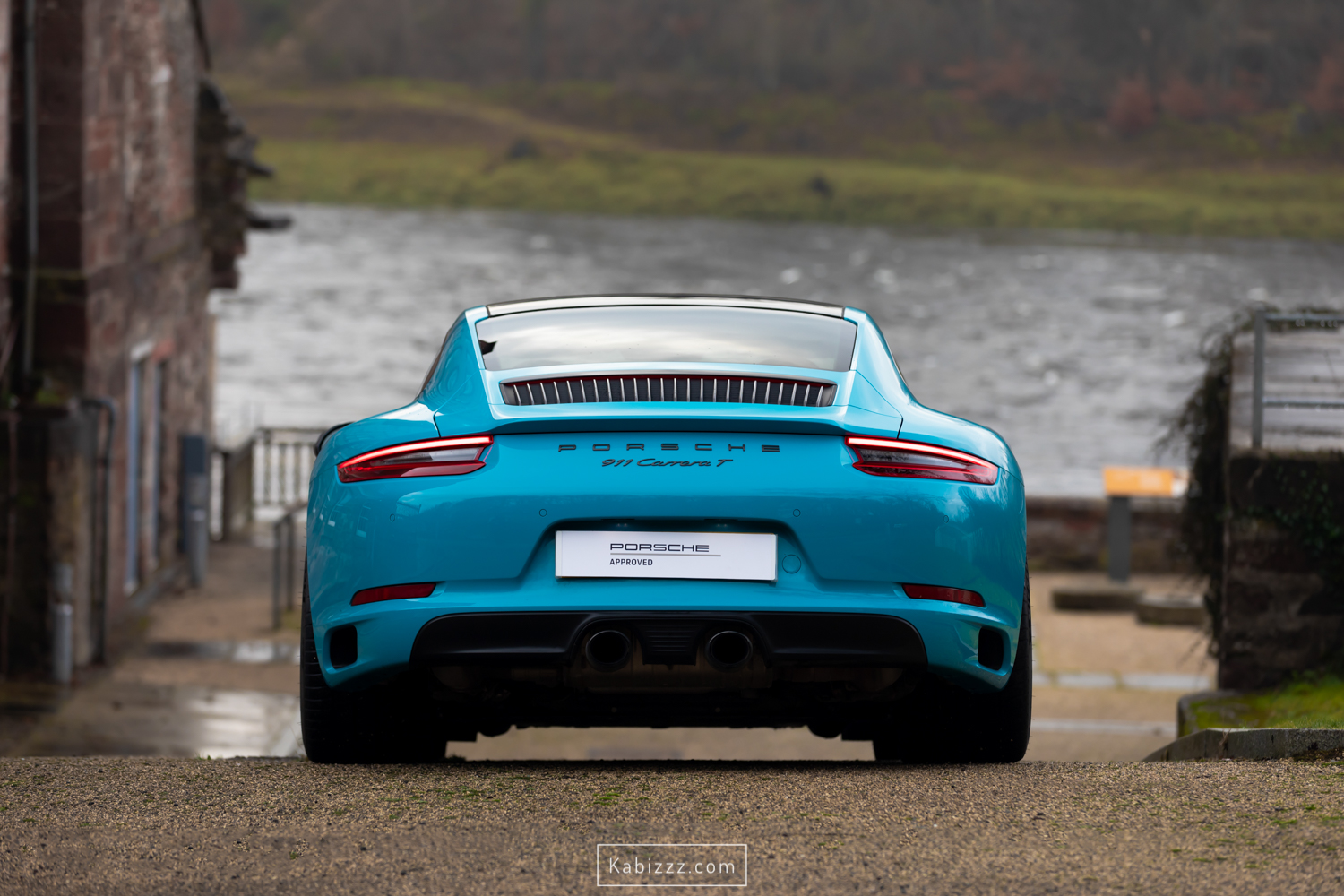porsche_911_carrera_t_miamiblue_scotland_photography_automotive_photography_kabizzz-2.jpg