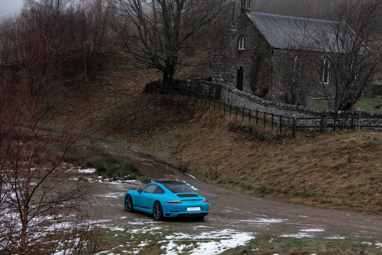 porsche_911_carrera_t_miamiblue_scotland_photography_automotive_photography_kabizzz-8.jpg