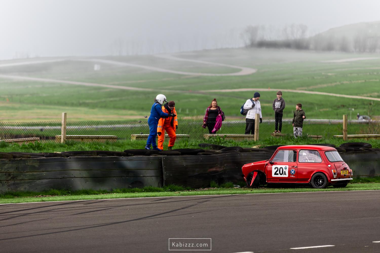 Kabizzz_Photography_scottish_racing_knockhill_mini_crash_2019.jpg