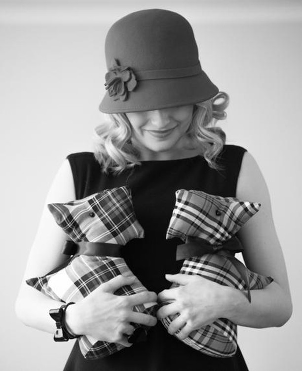 Did you know Ultimate Design Hats design and create beautiful and cosy Scotty Dogs? The perfect Scottish gift or why not get one for yourself? . . #Scottish #Souvenir #Scottydog #dog #tartan #fashion #giftidea #madeinscotland #handmade #design