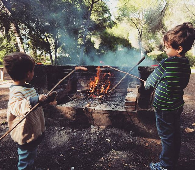Today, we satisfied our pyromaniac tendencies and joined in with the peace of the forest. 🌲🌳🌴