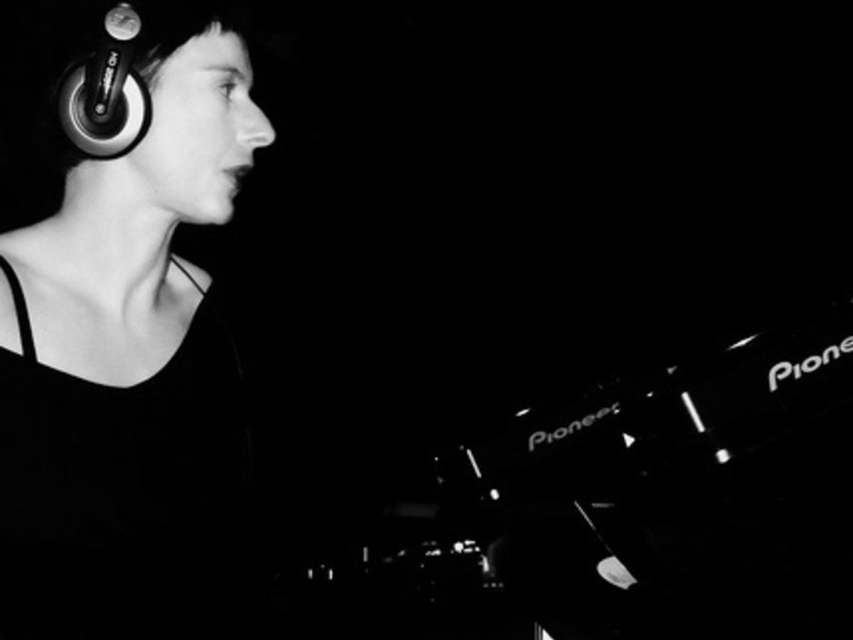 NYC Downlow , Glastonbury June 2011 (DJ & performer)
