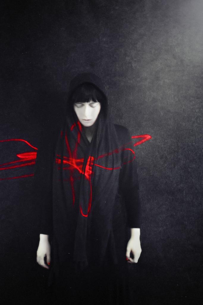 "I""m Nothing, I'm Nobody, Underconstruction, London June 2011 (composer/performer)"