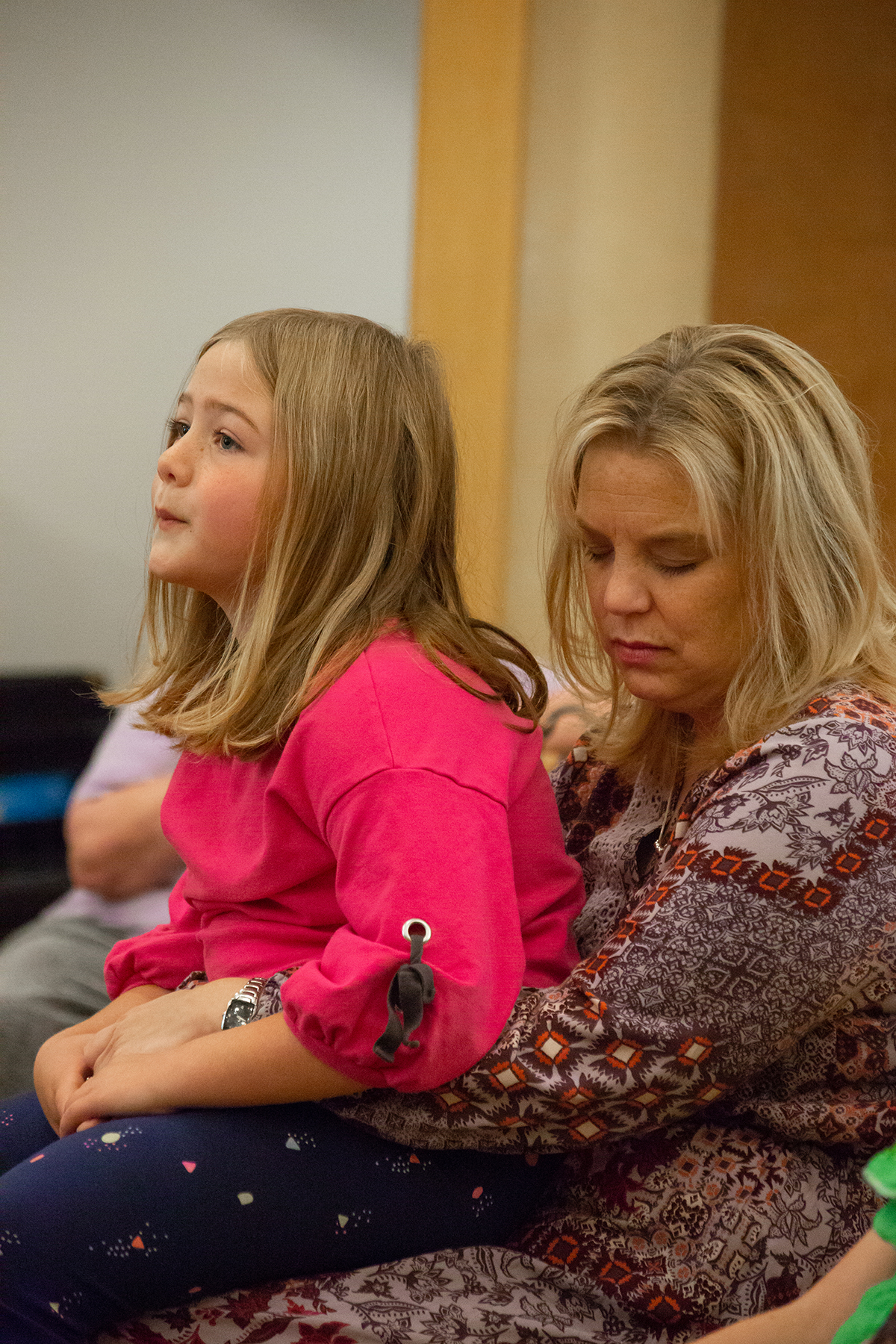 Mother and Daughter during worship at FUMC Missoula