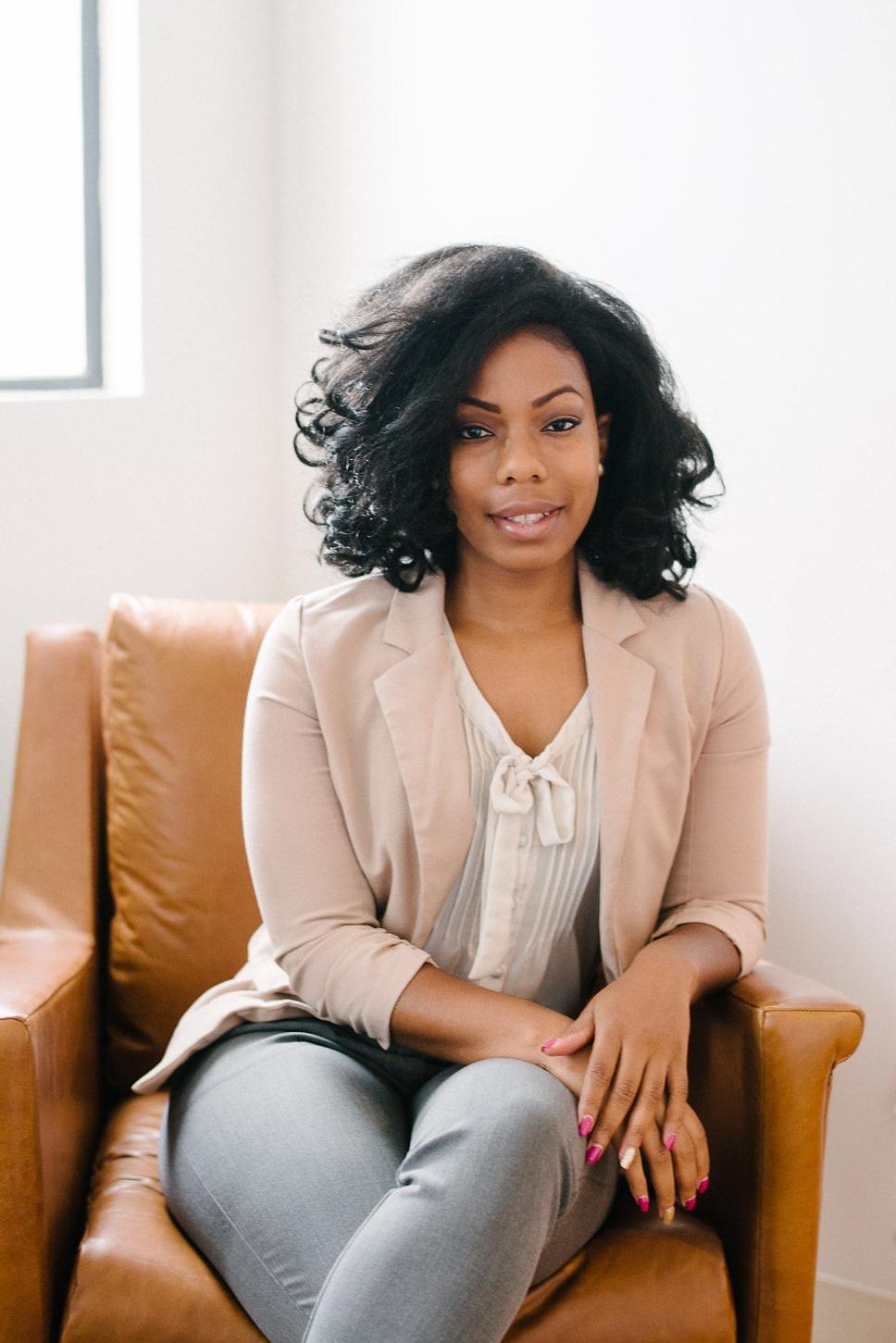 Kiki Robinson, MA, AMFT     Associate Therapist