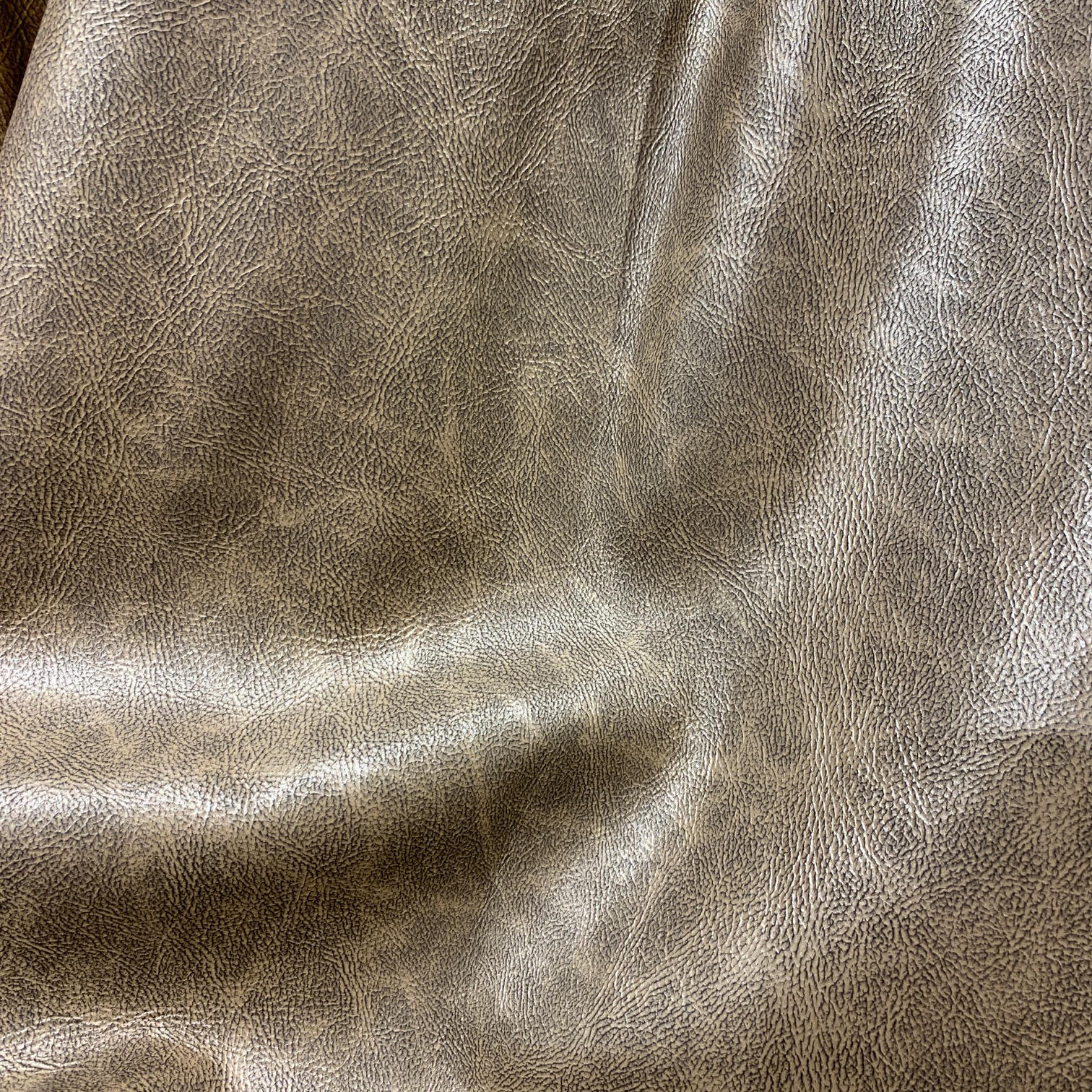Luster Distressed Light Gold