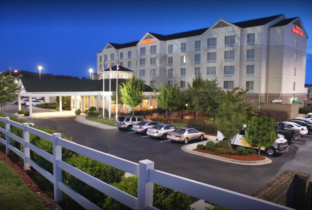 The  Hilton Garden Inn Charlotte North  is located near quick freeway access to uptown  Charlotte