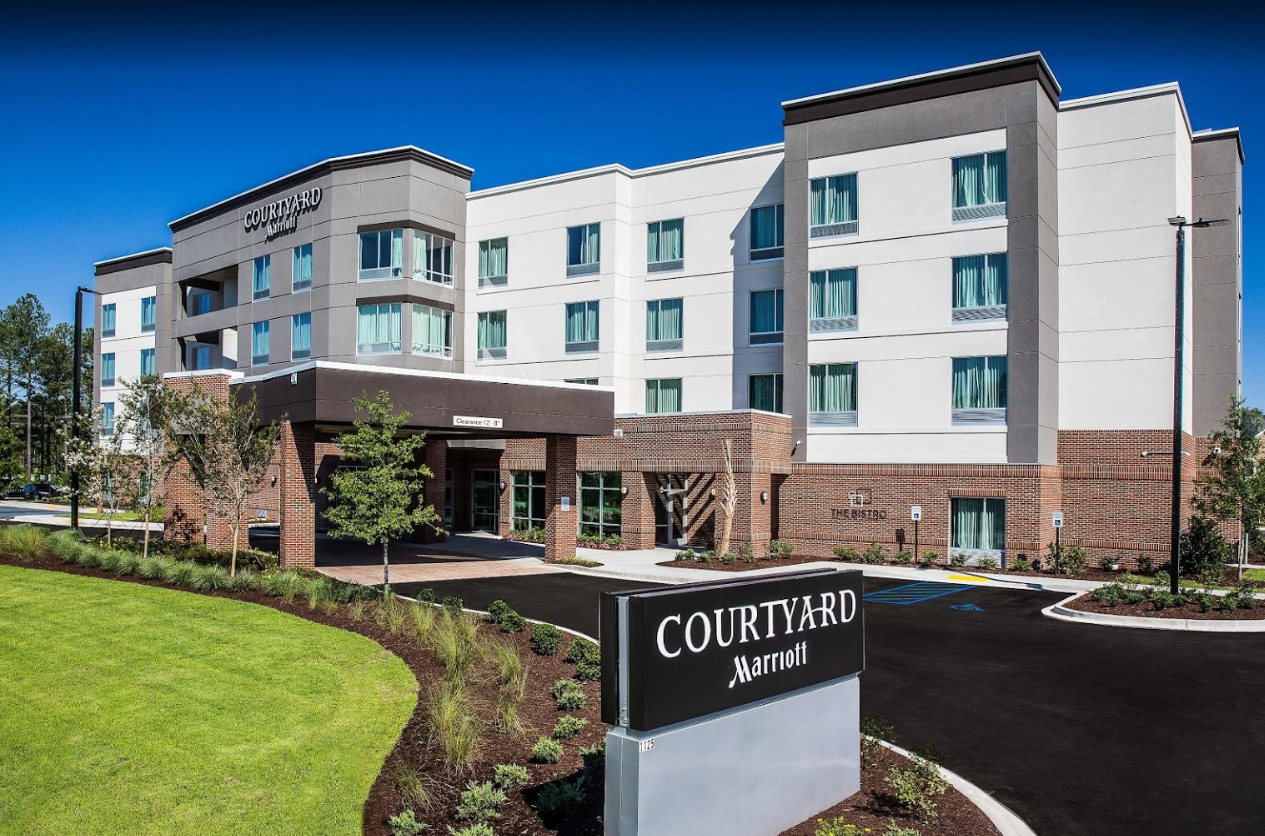 Set in a tranquil area next to the Congaree Creek Heritage Preserve, this modern hotel is less than a mile from Interstate 77 and 12 miles from the Riverbanks Zoo & Garden.