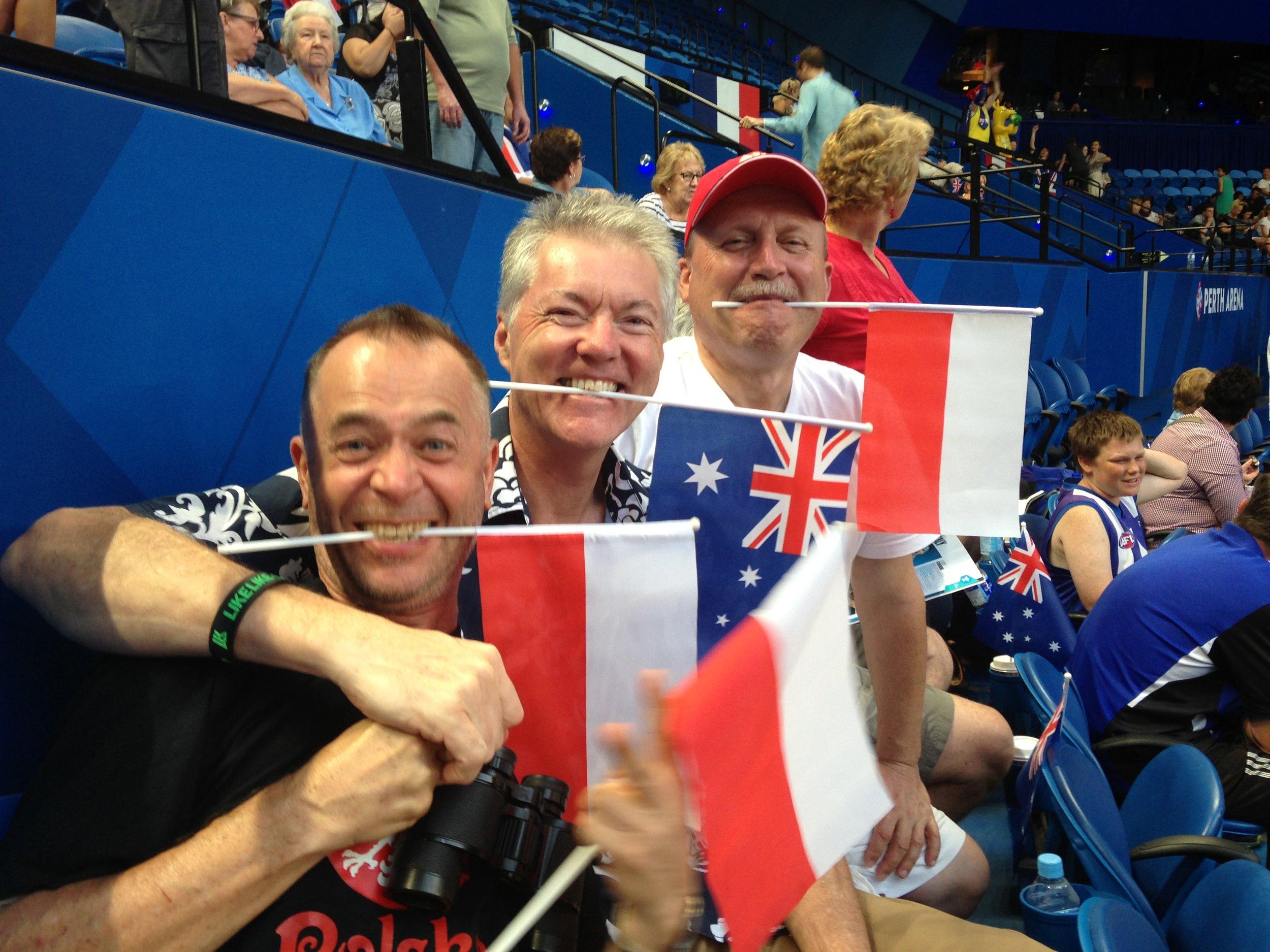 Sometimes if I'm not following the Irish team I go for the Polish team !!!  IMG_2338.JPG