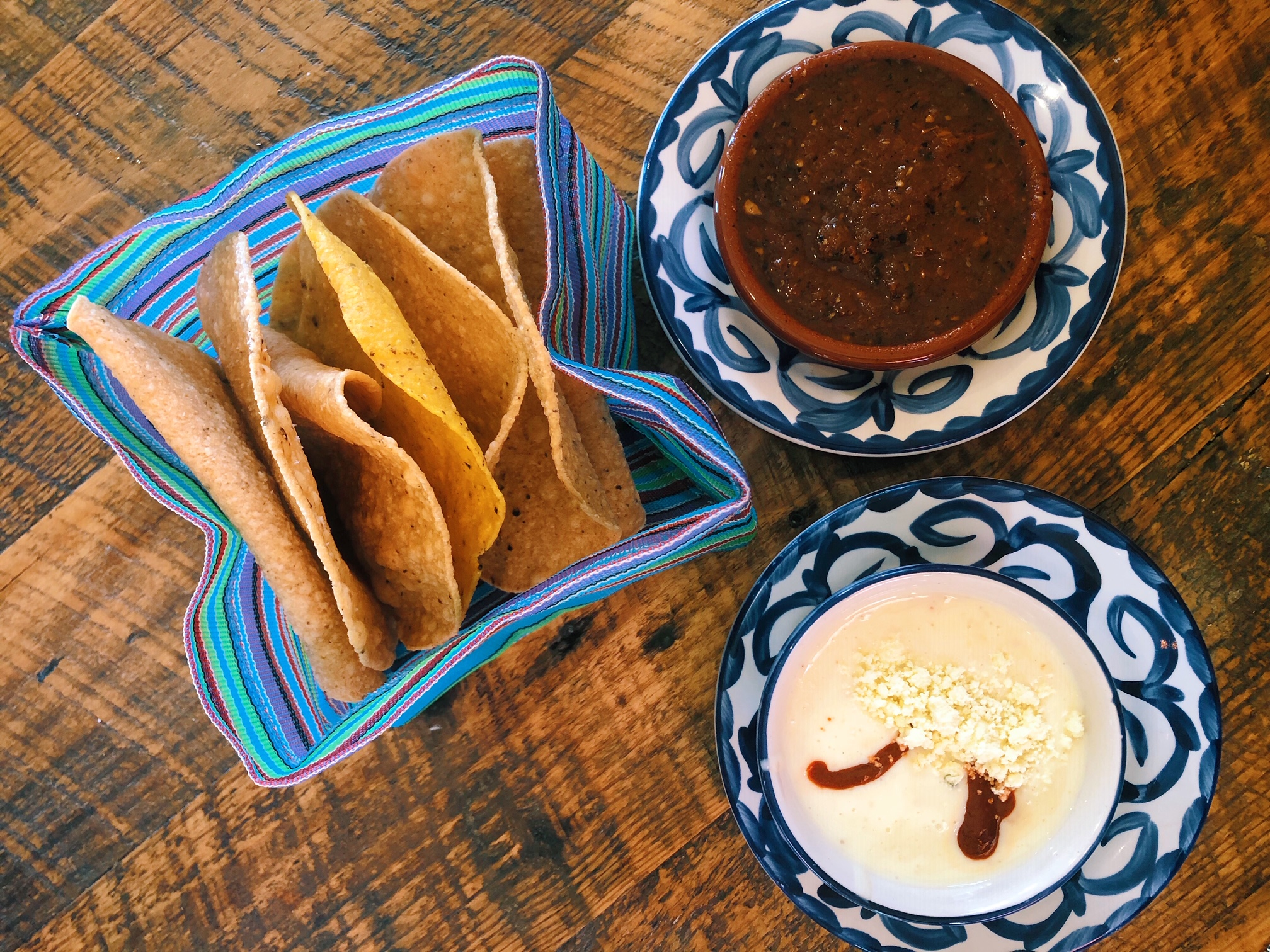 Hummingbird Queso, Salsa, & Homemade Tortillas