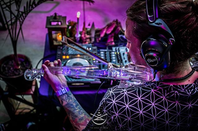 Inter-dimensional traveler  Foto : @gypsysoulsphoto  #DoB #TSB #Biology #atlanta #music #art #consciousness #introspection