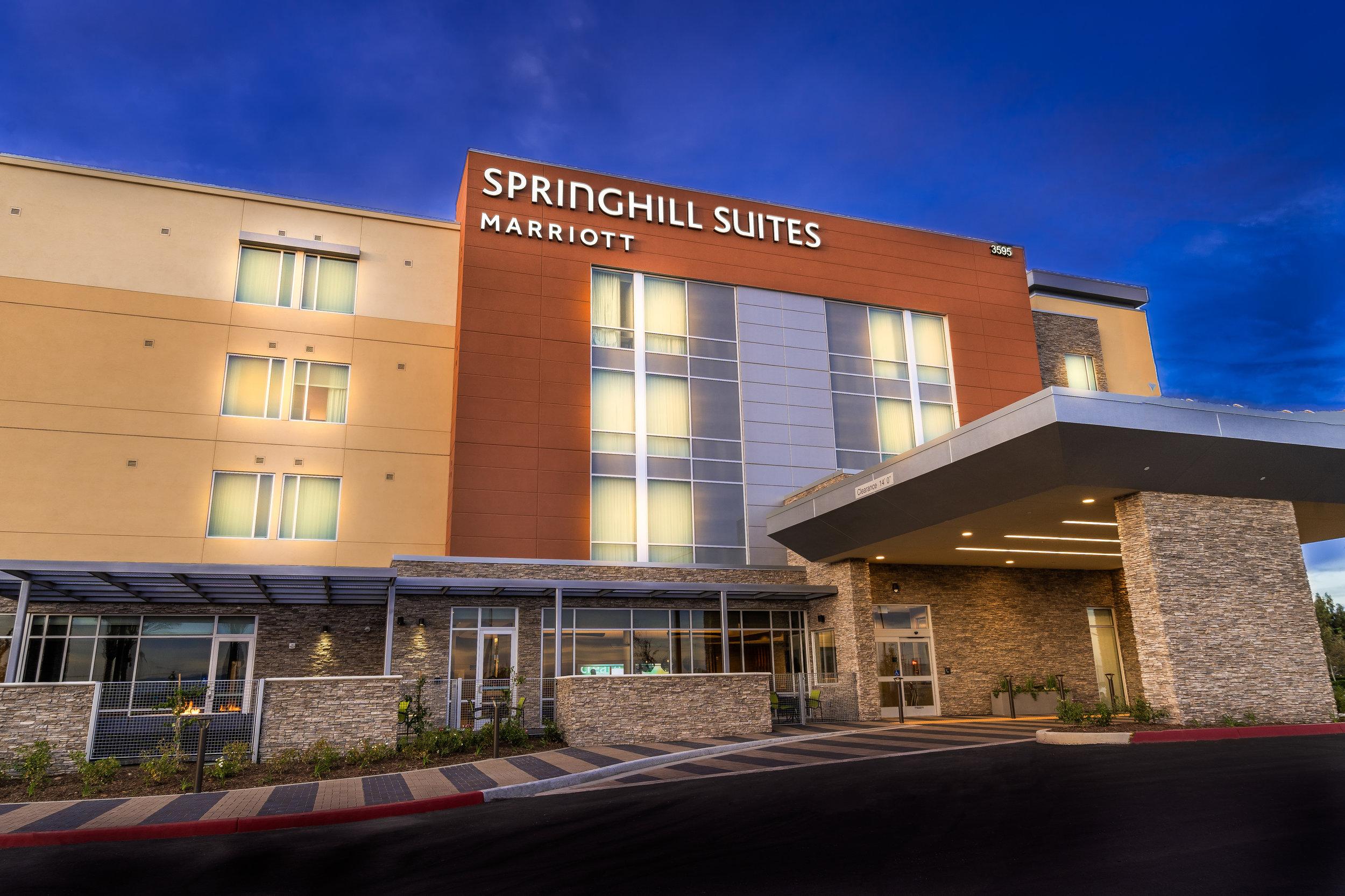 ontario-springhill-suites-exterior-night-FINAL.jpg