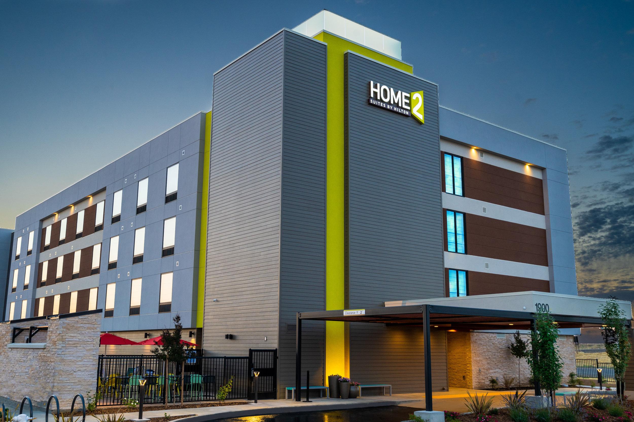roseville-home-2-suites-exterior-night-V2.jpg