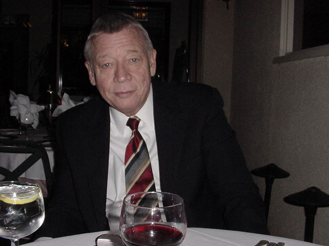 Ron at dinner.JPG