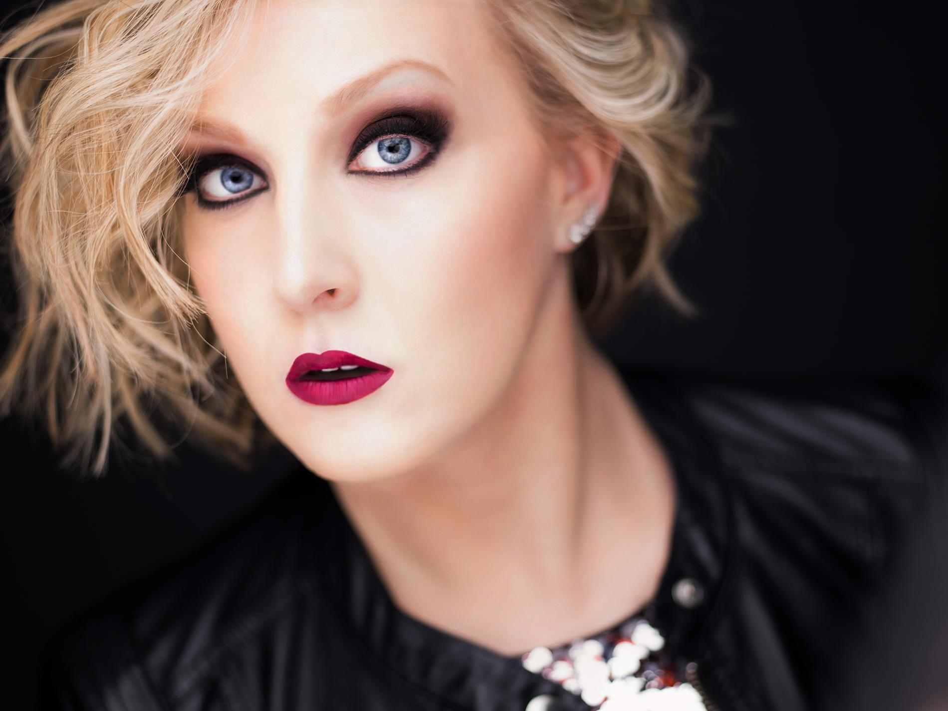 Lindsay Ammann Dramatic Mezzo/Contralto Photo: Rod Evans