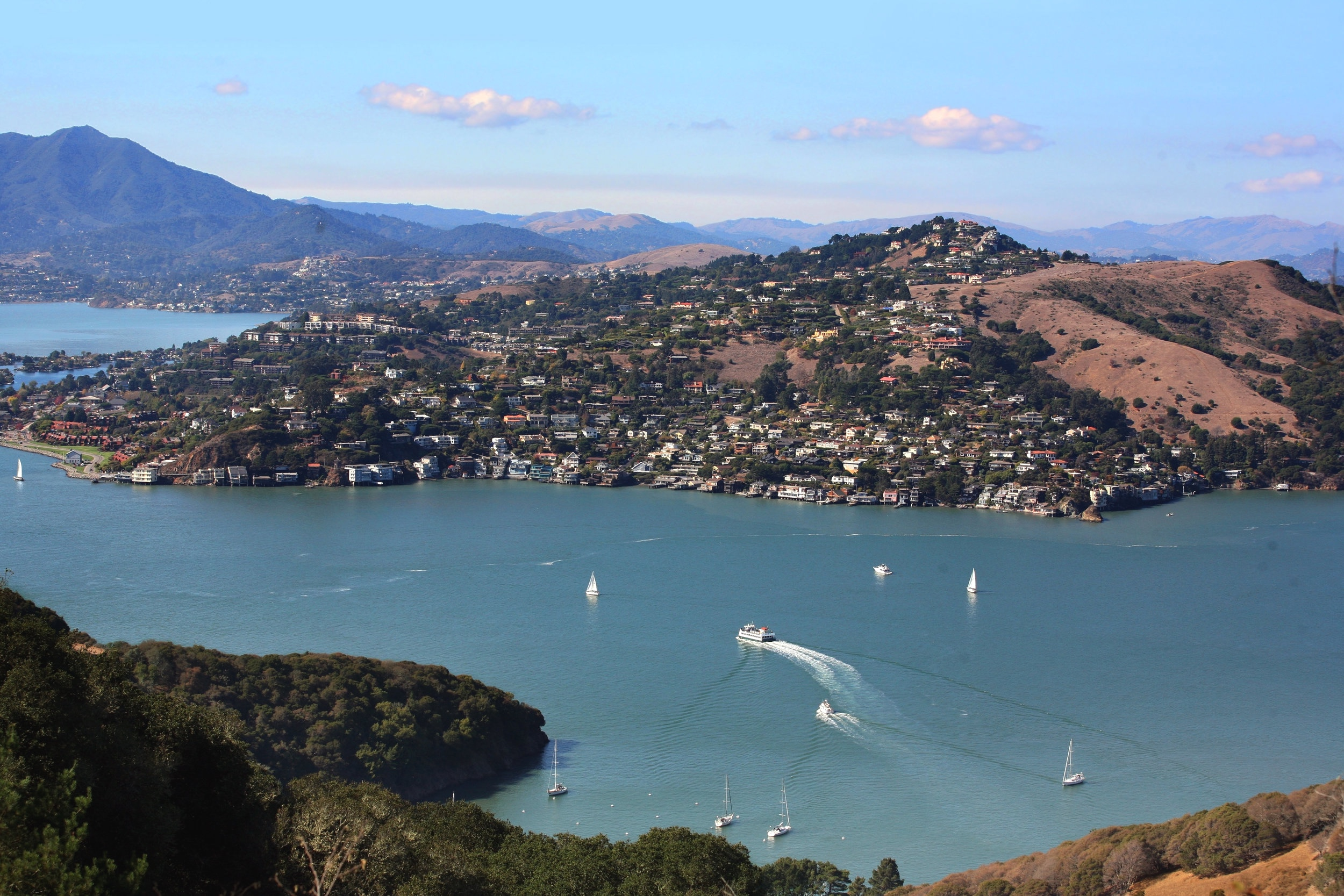 The beautiful town of Tiburon in Marin County is immersed in natural beauty, surrounded by the San Francisco Bay, and topped off by views of Mt. Tamalpais.