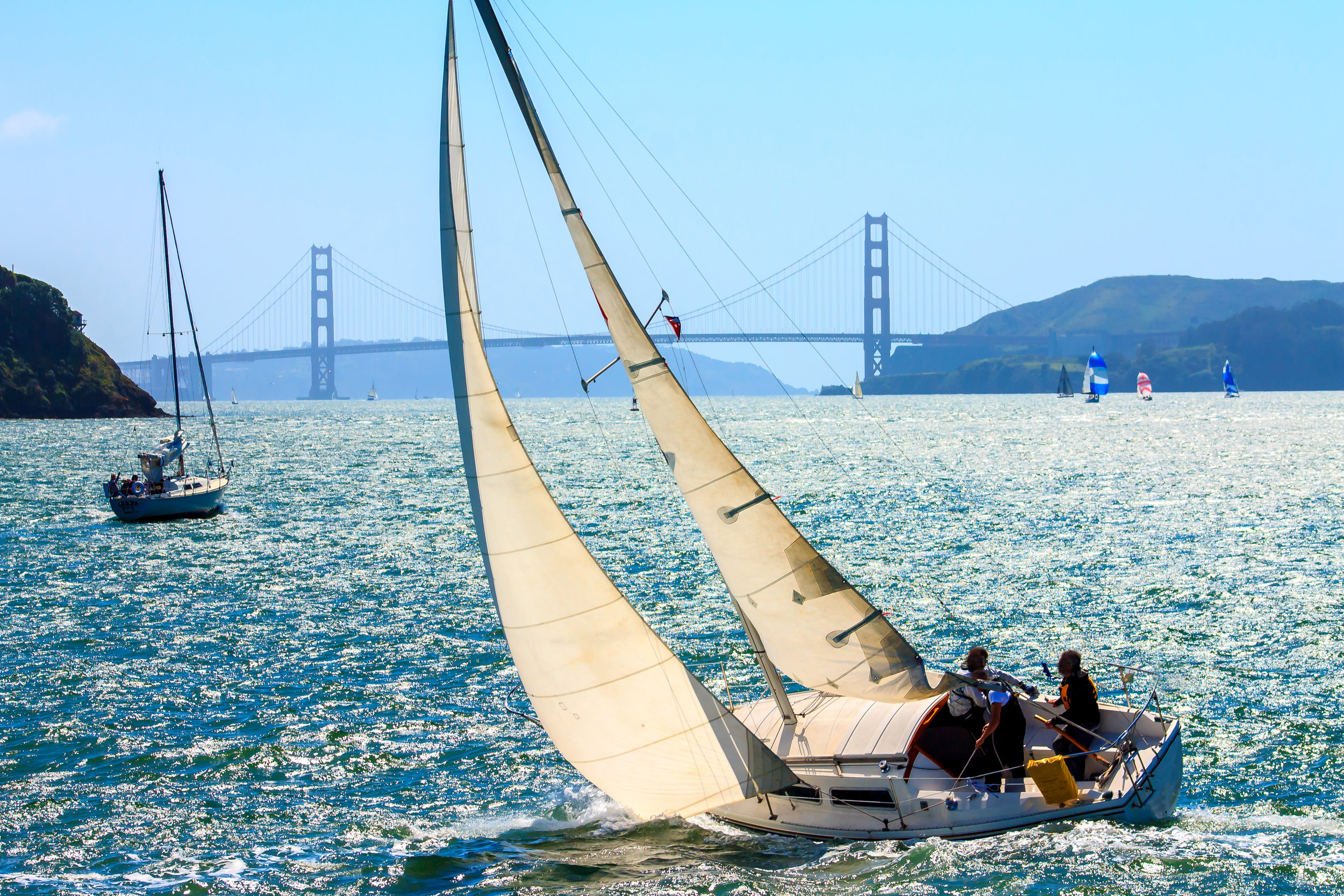 Set sail on the San Francisco Bay. Photo on Shutterstock