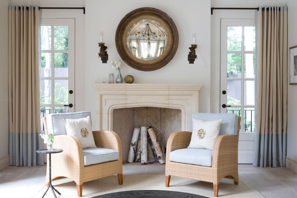 Living Room 2 chairs.jpg