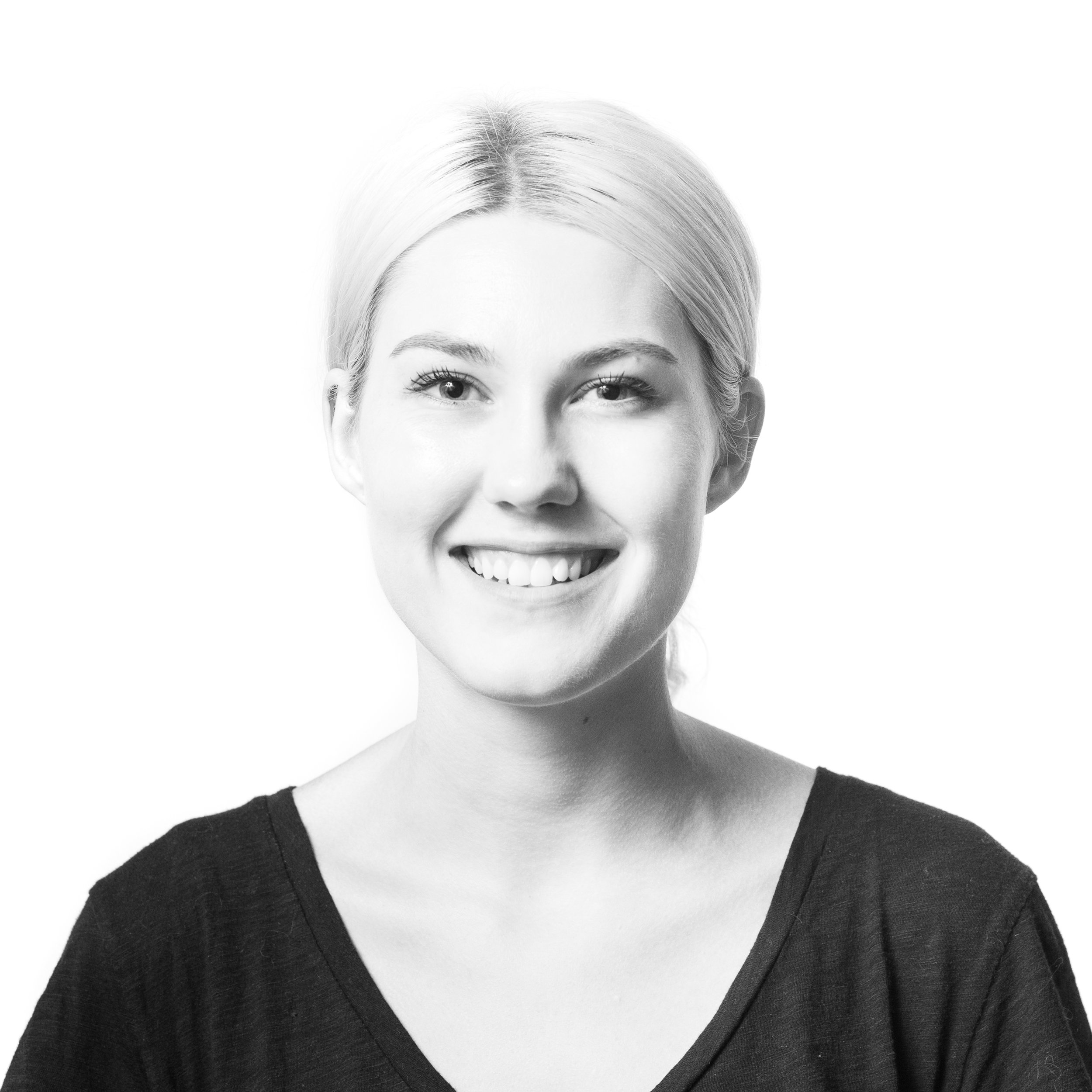 Chriss Sugg  UX Design  Chriss has designed visual identities and user interfaces for a diverse range of New York-based startups spanning retail-tech, entertainment, and fintech. Chriss graduated from Boston University with a degree in Philosophy.   LinkedIn