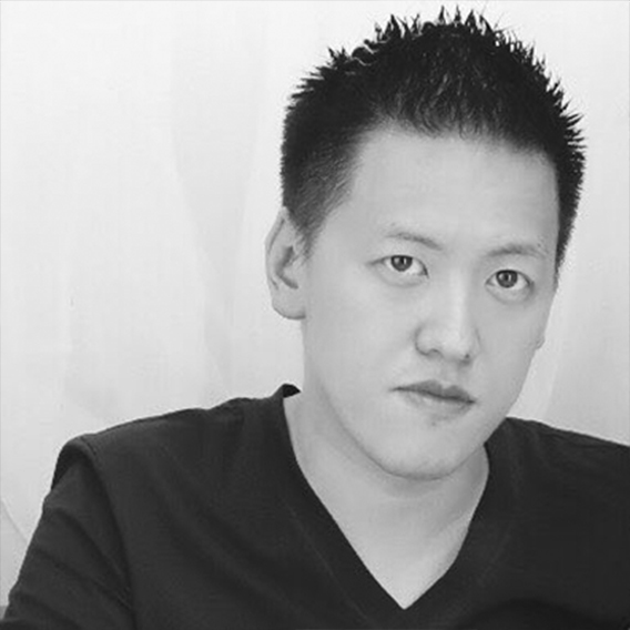 Satoshi Kobayashi  Advisor  Satoshi manages digital asset conglomerate Smart Contract Japan and is one of the largest traders of cryptocurrencies in Asia. Satoshi graduated from Keio University with a Bachelors in Business Administration.