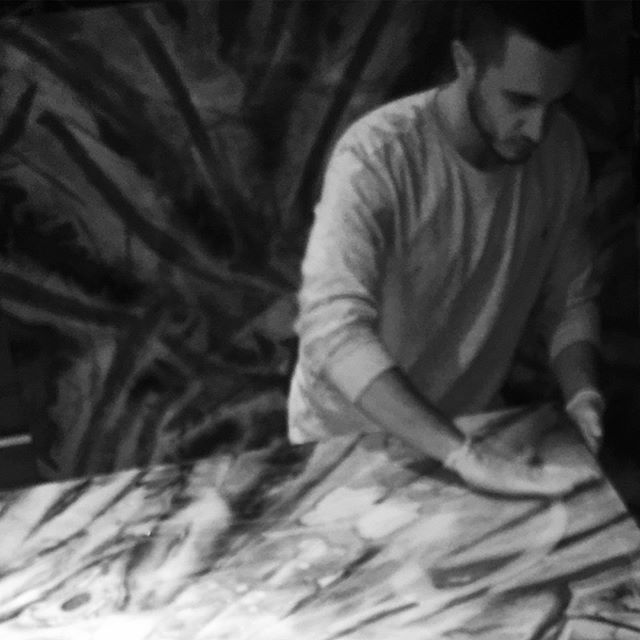 Early #workinprogress ⠀⠀⠀⠀⠀⠀⠀⠀⠀ _______________________________________________________ First layer of varnish!⠀⠀⠀⠀⠀⠀⠀⠀⠀ _______________________________________________________ ⠀⠀⠀⠀⠀⠀⠀⠀⠀ #arte #studio #studiolife #art #abstract #painter #artist #artwork #artsy #artlife #abstractart #painting #watercolor #blackandwhitephoto