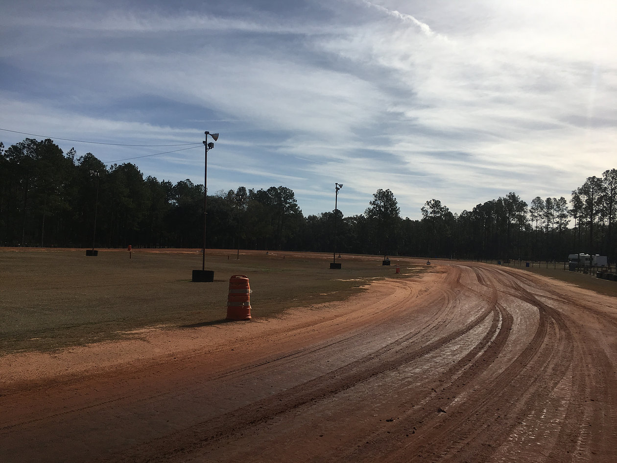 (Showed up to a freshly watered and prepared track on a sunny but chilly winter morning in Florida at 40 degrees, but it warmed up to nearly 75 degrees on by the end of the day)
