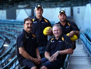 Clint Ernst (back left) will Head Coach the Kimberley Spirit U/19's Program in 2018.