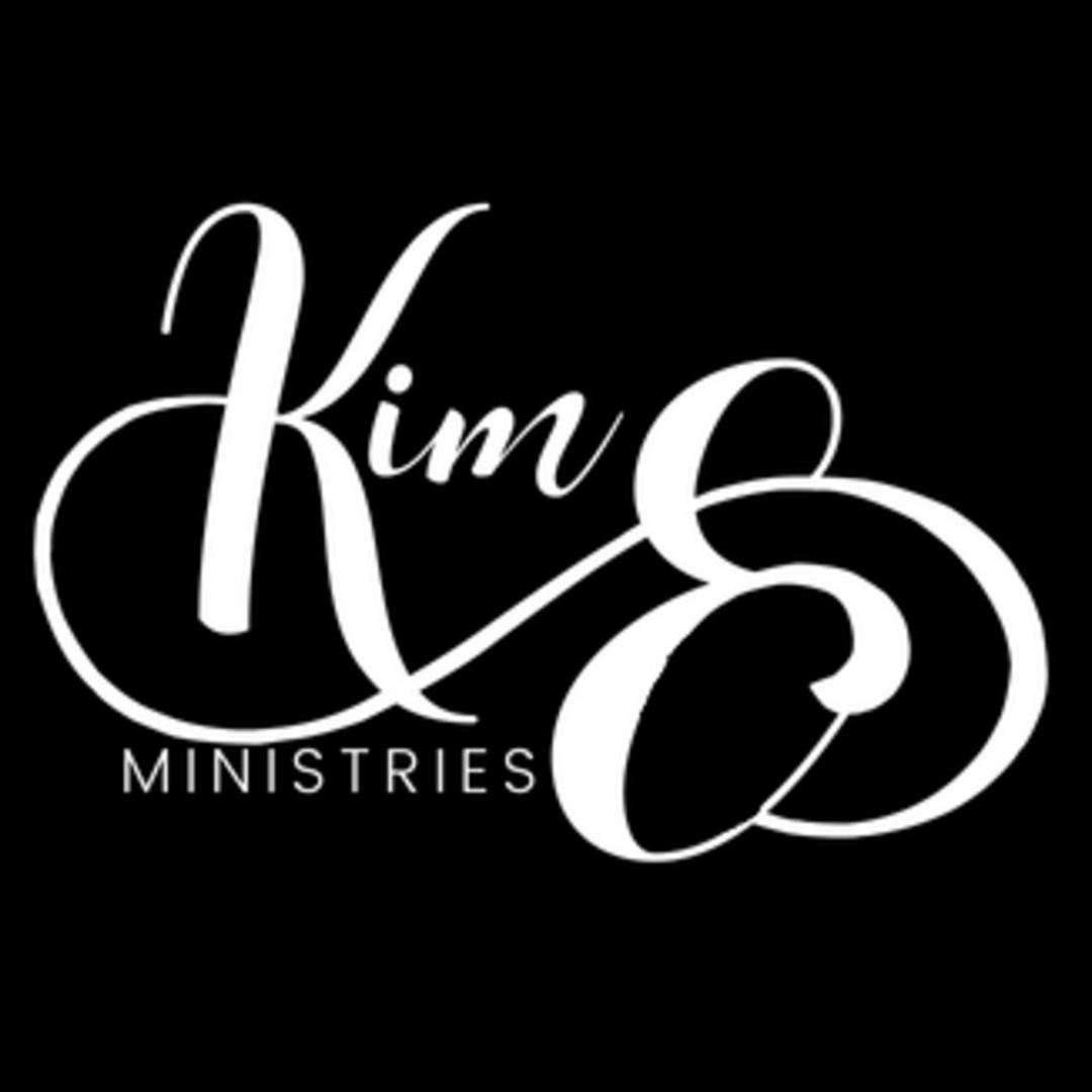 Kim E..png