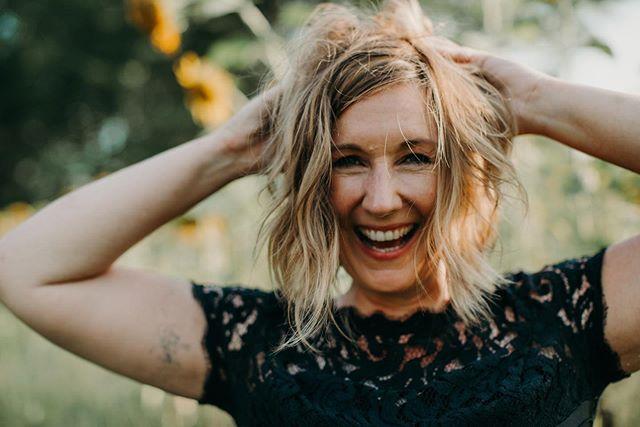 More Sundays in sunflower fields. Less everything else going on in the world. 🌻 . . . #currentmood #shakeitoff #keepitreal #underthefloralspell #nashville #sunflowers #exploretocreate #makeportraits #womeninbusiness #womeninmusic #womeninphotography #empoweringwomen #forwomenwhoroar #portraitmood #discoverportrait #featuremeof #ofhumans #profile_vision #ig_mood #portrait #dowhatyoulove #testshoot #locationscouting #nashvillephotographer #girlgaze #createeveryday #nashvilleportraitphotographer #lschneiderphoto