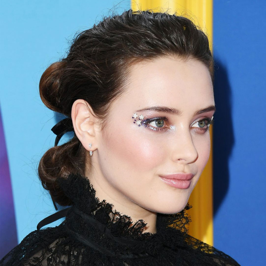 REFINERY 29    Your Favorite 2000s Makeup Trend Is Back — & Prettier Than Ever
