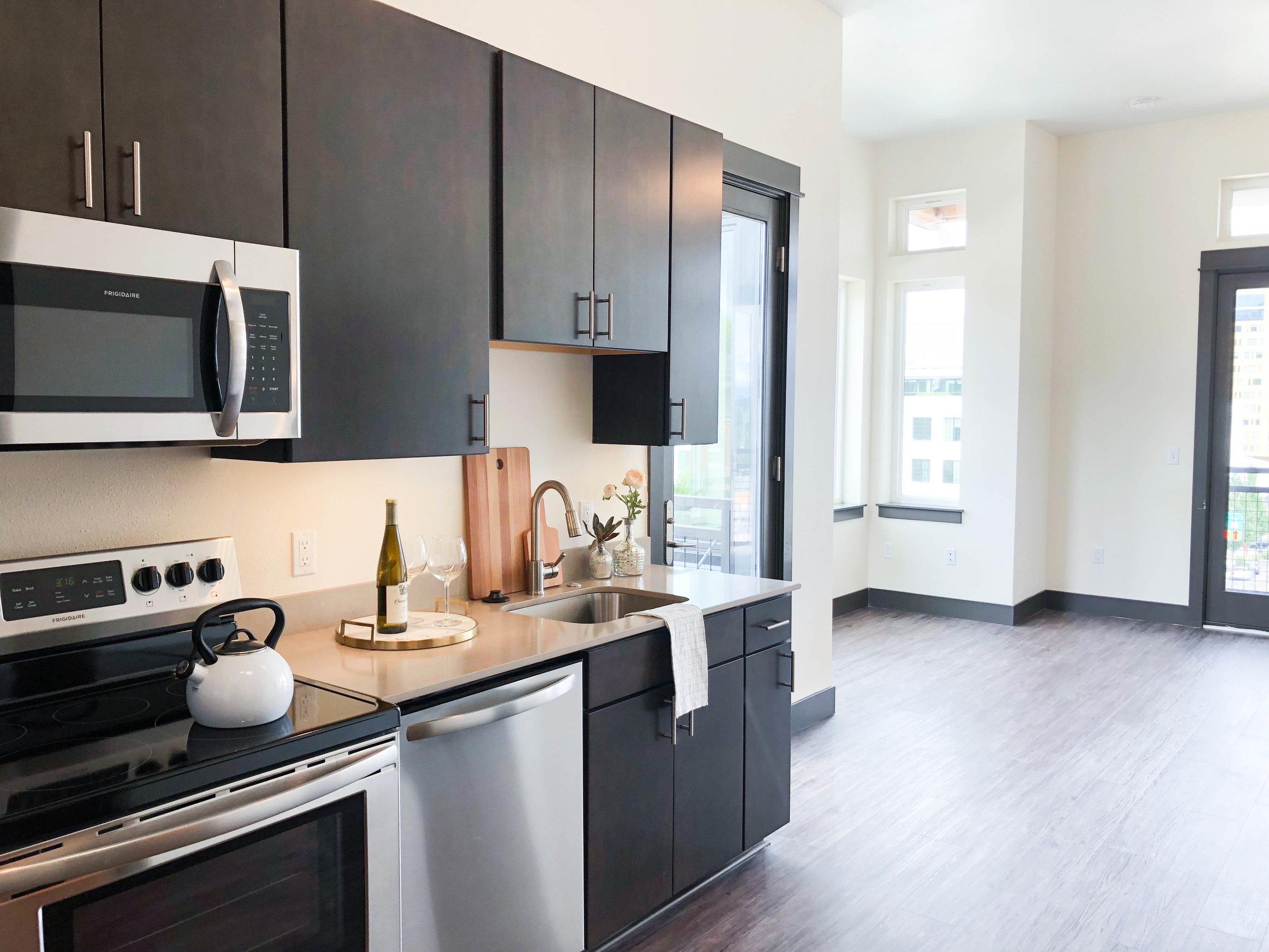 Everett - Kitchen