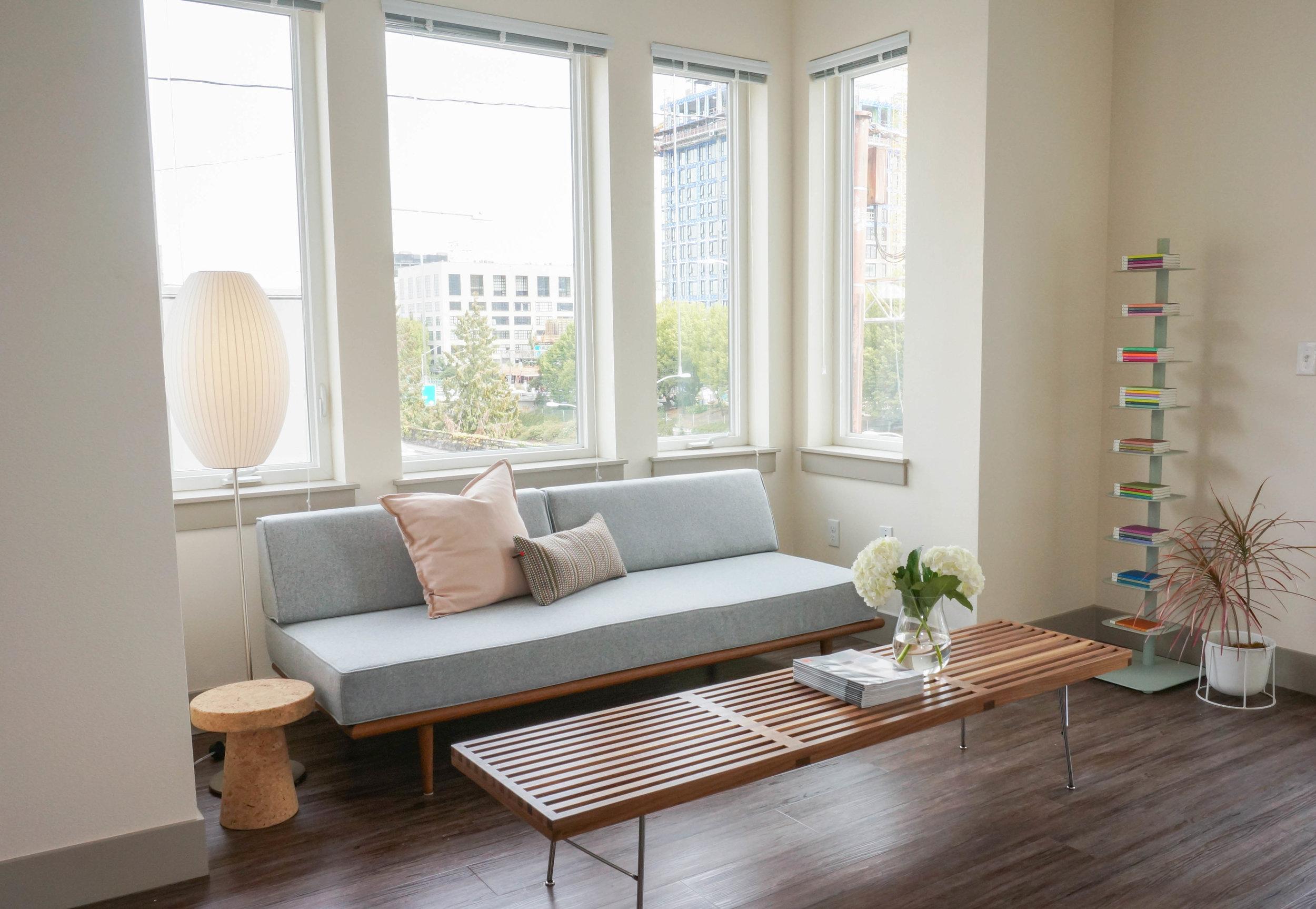 Everett - Studio Living Space