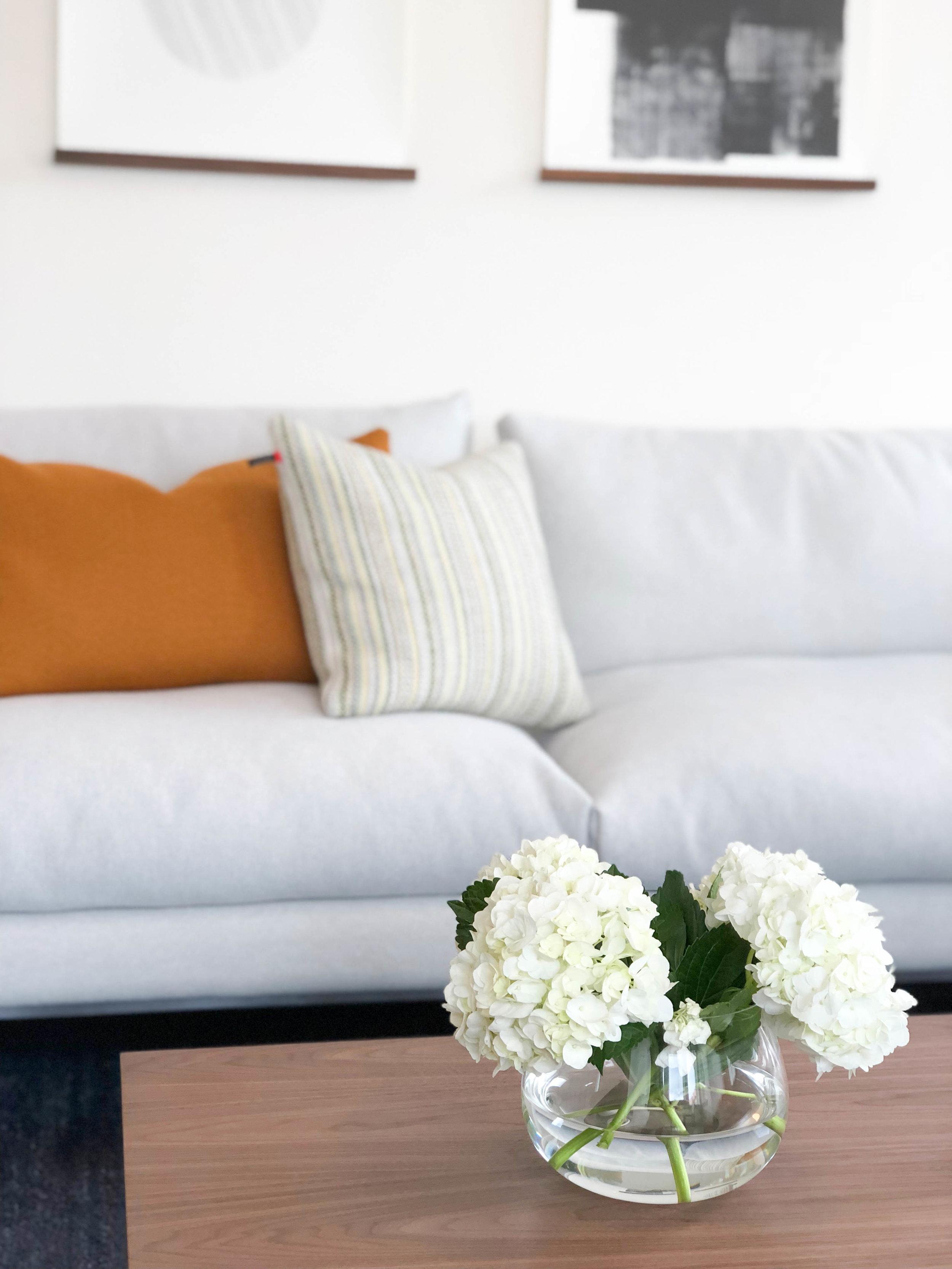 Everett - One Bedroom Living Room