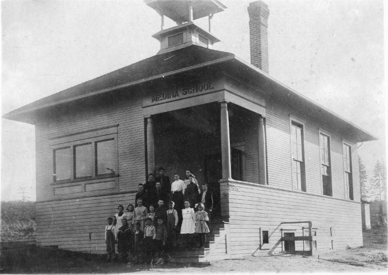 Medina School opened in 1909. At that time, most older children from Medina took the ferry to Garfield High School in Seattle.