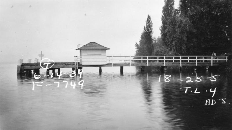 Sunnyside Landing provided one of the ferry connections for Yarrow Point. It stood at what is today a public beach access at the foot of NE 42nd Street on Cozy Cove. Ferries serving the points landed at Madison Park in Seattle, allowing commuters to take a streetcar directly to downtown Seattle. (Photo courtesy of Washington State Archives)