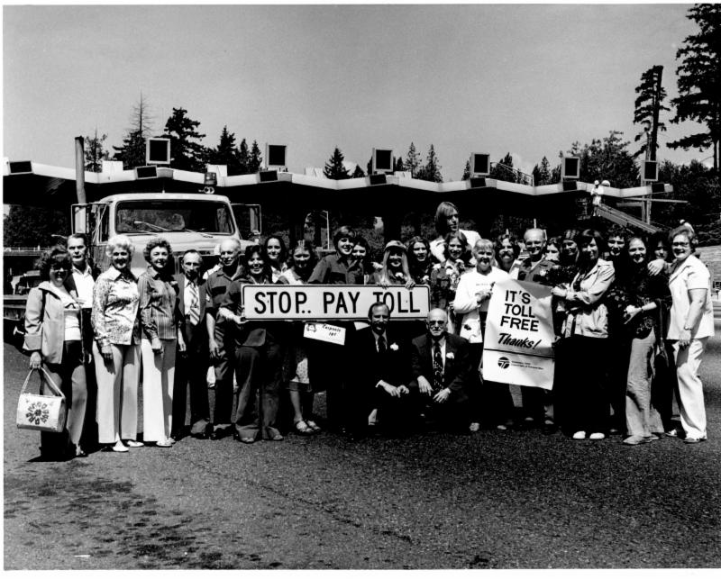Dignitaries celebrate the end of tolls on the SR-520 bridge in 1979. 32 years later, tolls would reappear, but without a toll plaza or toll collectors.