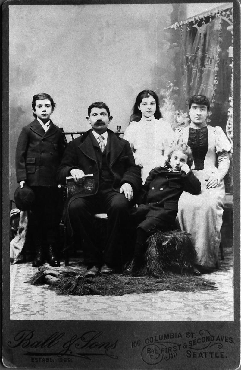 The Rosenburg family circa 1896. From left, Martin (b. 1886), Henry, Agnes (b.1885, d. 1899), John (b. 1889), Christina. (Photo courtesy of Robert Gerrish)