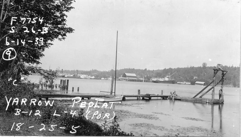 View from the northeast side of Yarrow Point, across Yarrow Bay to the Lake Washington Shipyard in 1939. The proposed Navy piers would have filled in this space.