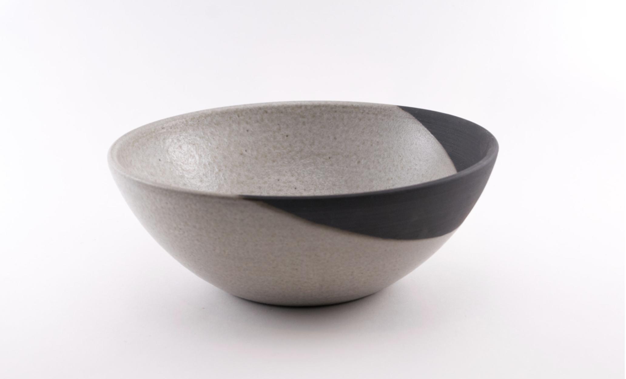 classic serving bowl.png