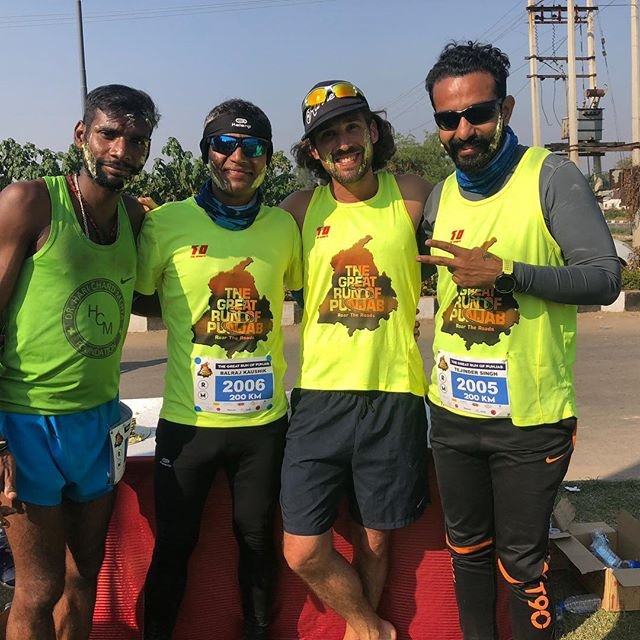 When you finish 200km you get cake in your face. 😊Thank you, Mother India. 🙏  #thegreatrunofpunjab #friendsandbrothers #incredibleindia #travelindia #runnersofindia #chandigarhrunners