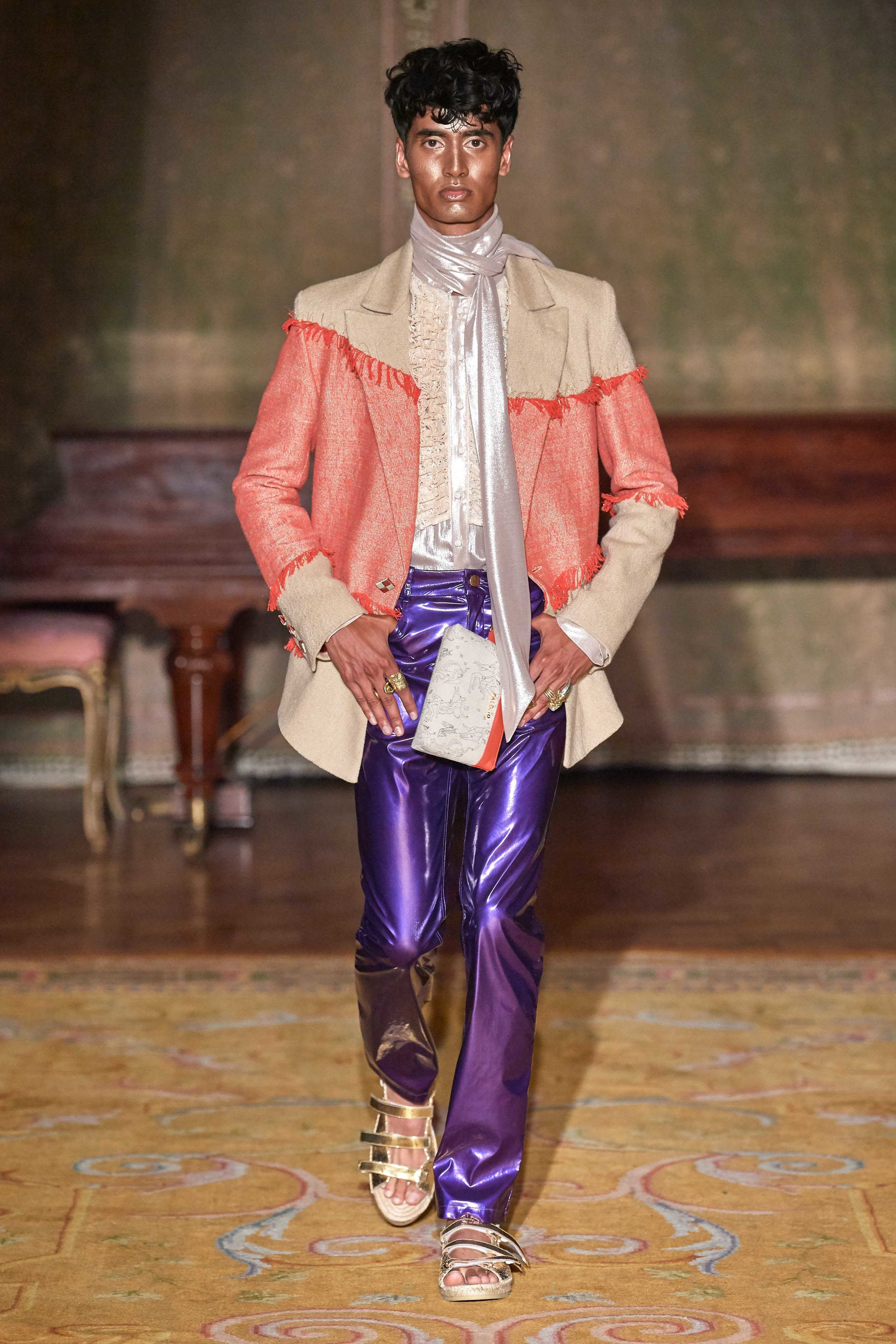 palomo-spain-2020-milan-fashion-casper--3.jpg