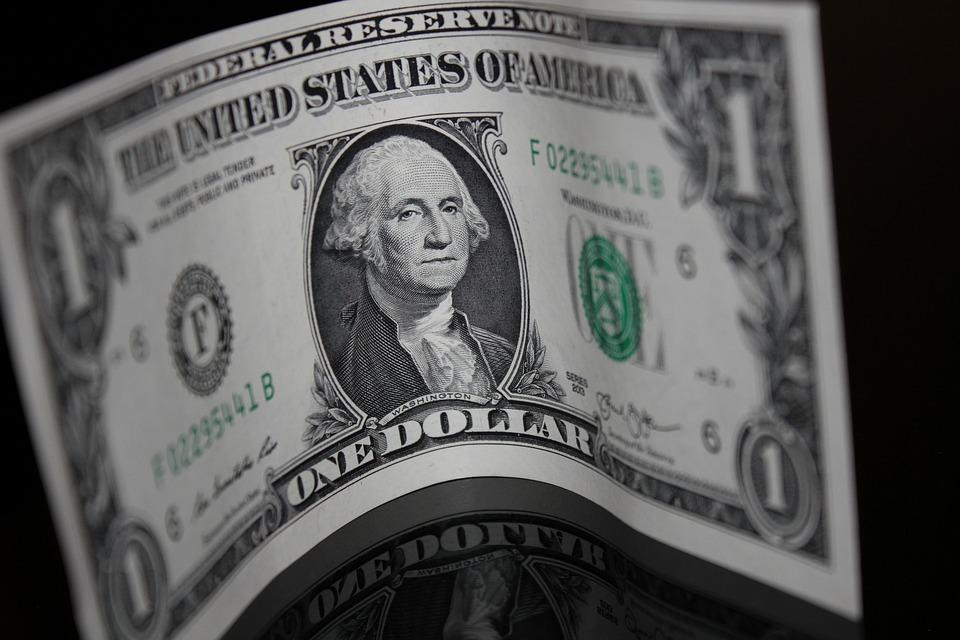 money-1273908_960_720.jpg