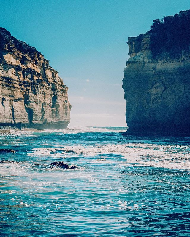 How gorgeous is the Great Australian Bight! I love Australia and it's gorgeous southern coastline, how about you?