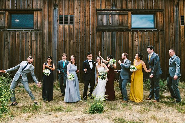 Just sharing a dignified portrait of a no-fun wedding party. 🕺🏻💅🏼 (On a side note, one of the things I love about delivering galleries is that the couple gets to see all 2,582 versions of this photo.) . venue: @cowellranchhay planning & coordination: @robyndianeevents florals: @__pinkpetals__  rentals: @alexispartyrental boutique: @glamourclosetbride catering: Chef Pete Coleman cake: Jen's Cakes dj: @rjkoolraul photo booth: @spectrumphotobooths videography: @kimfilmsweddings