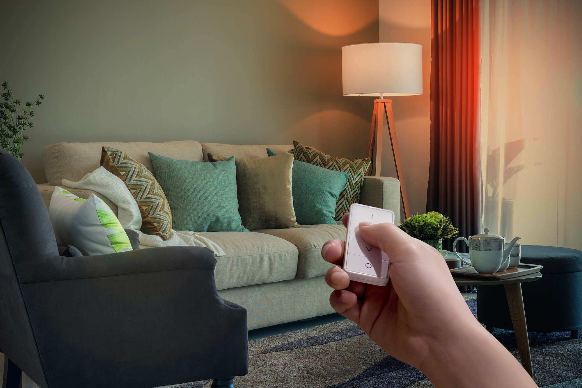 Control your lighting effortlessly from the kitchen to the comfort of your sofa with the AduroSmart wireless Dimming switch.