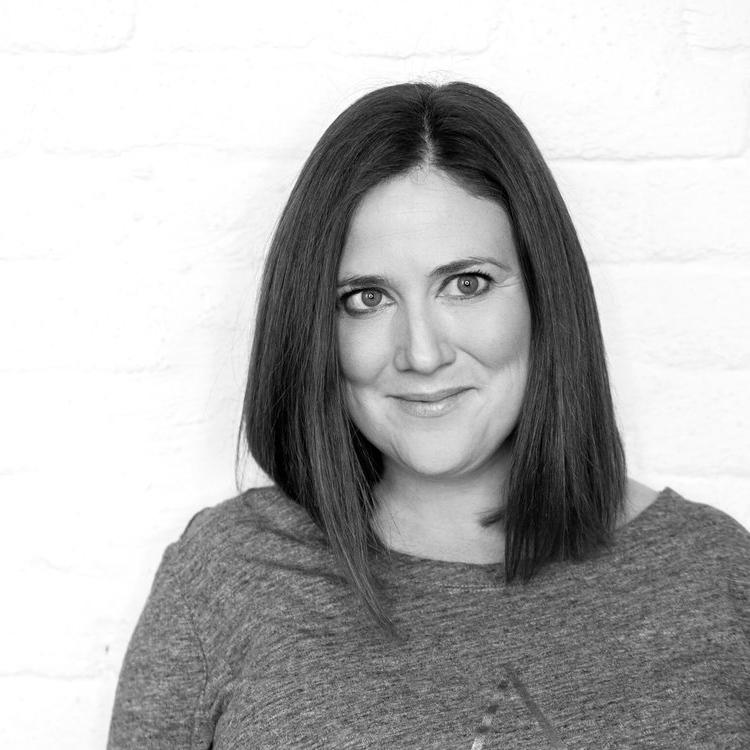 Sharon O'Dea    (UK)  A creative, experienced digital strategist
