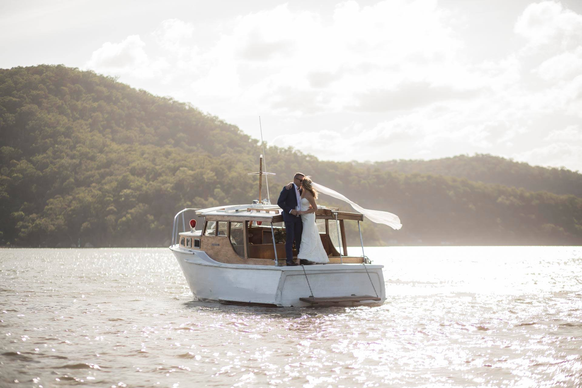 website-realceremonies-postweddingboat.jpg