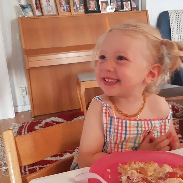This little munchkin turned two the 21 August. We love her so much. ❤ And she loves cake 🎂