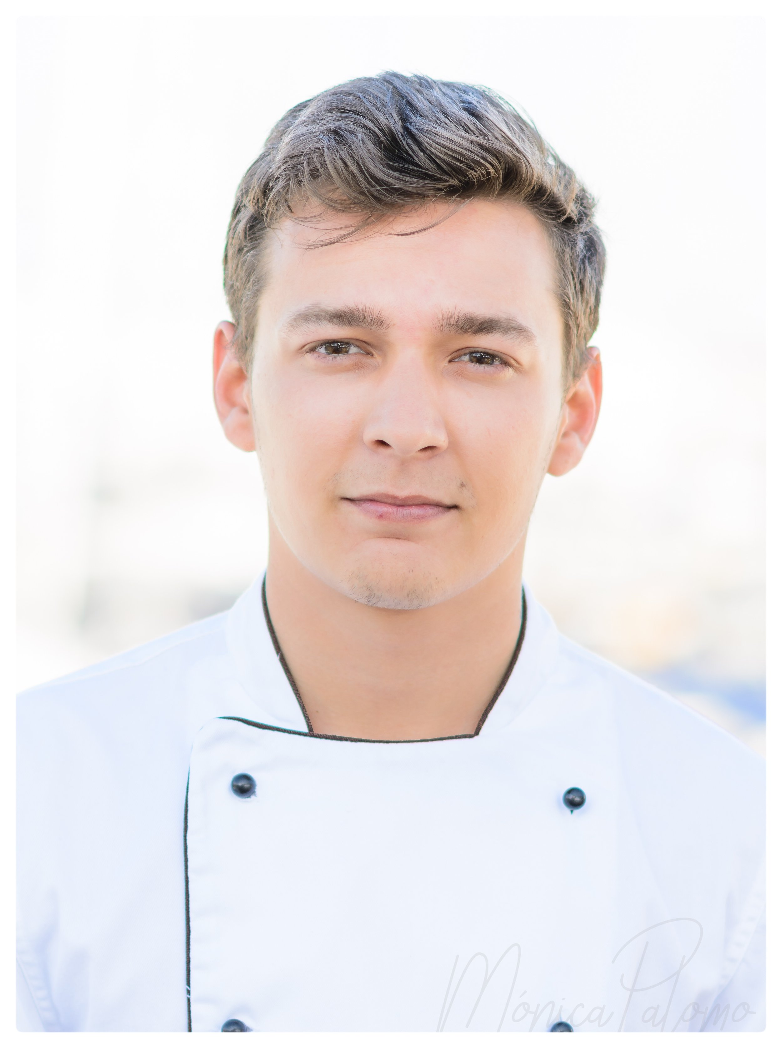 - Chef CV Photo sample